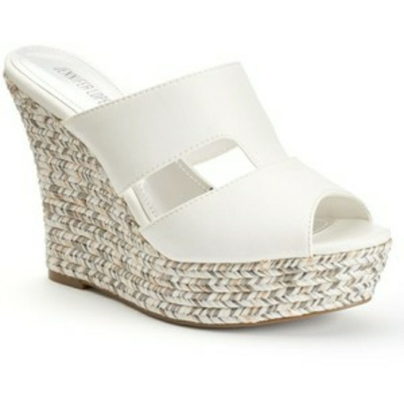 9f481043dd1 🔥⬇Jennifer Lopez Espadrille Wedge Sandals